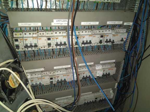Imagen producto Cuadro eléctrico 3