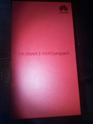 Imagen vendo un huawey y 6 ii compact