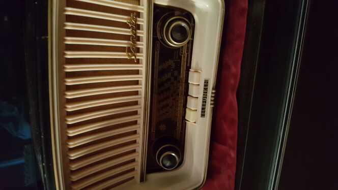 Imagen radio antigua