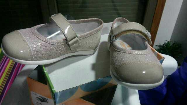 Imagen producto Zapatos sin estrenar niña n24 2