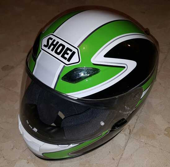 Imagen casco moto shoei