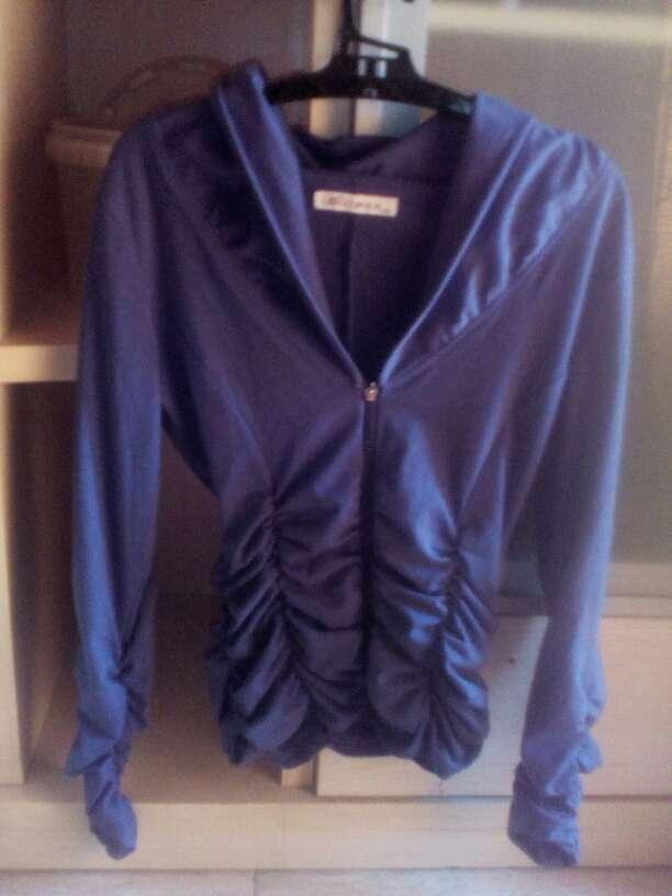 Imagen chaqueta fina azul