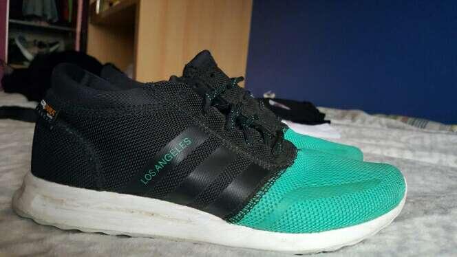 Imagen Zapatillas Adidas talla 40