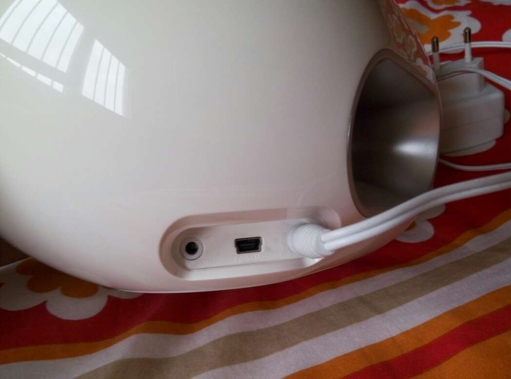 Imagen producto Reproductor ipod  iphone PHILIPS DS 300012 3