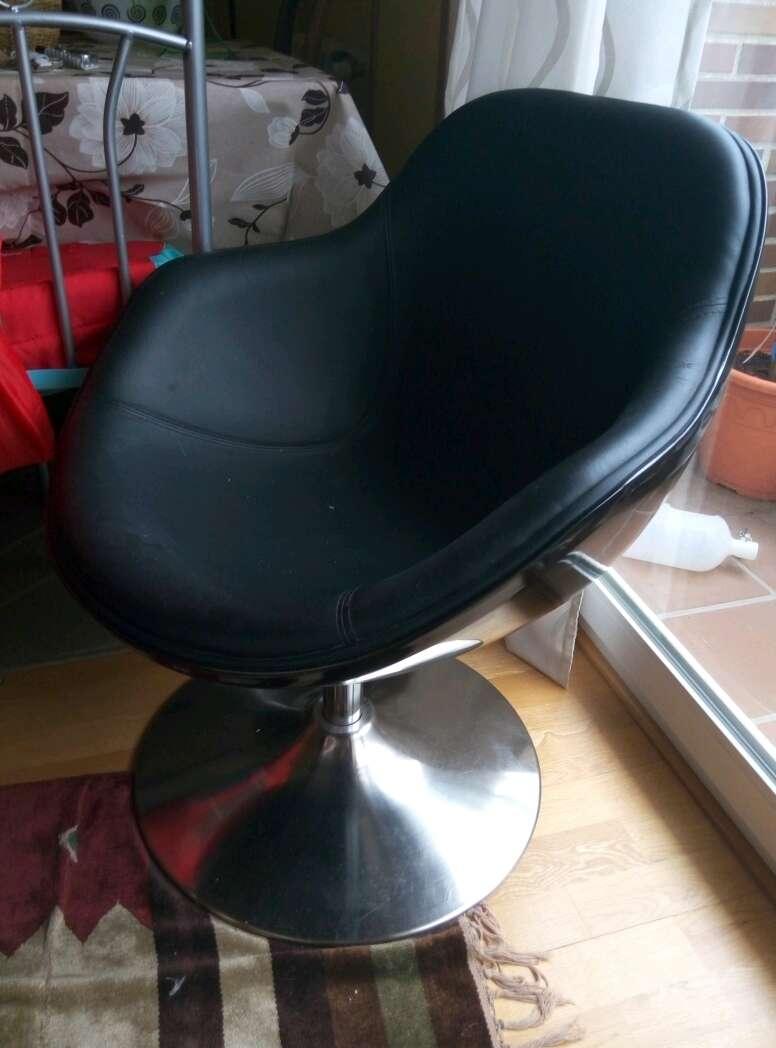 Imagen sillón retro actual