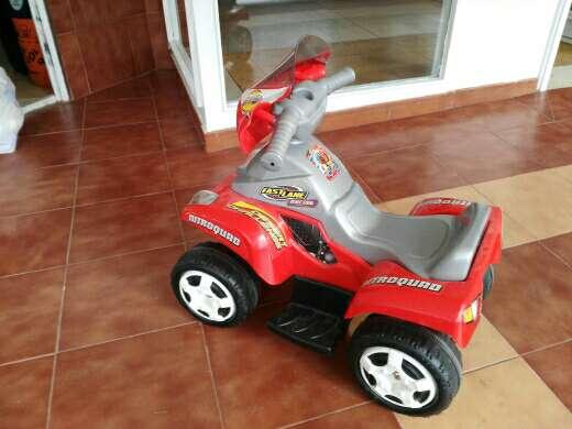 Imagen coche de niño