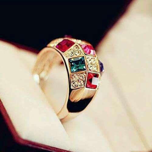 Imagen anillo de colores