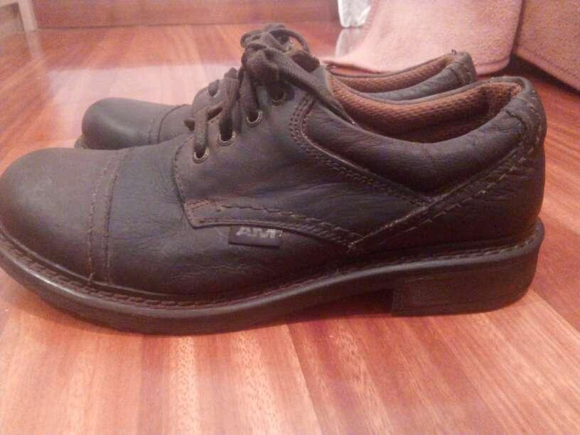 Imagen zapatos de hombre, de piel
