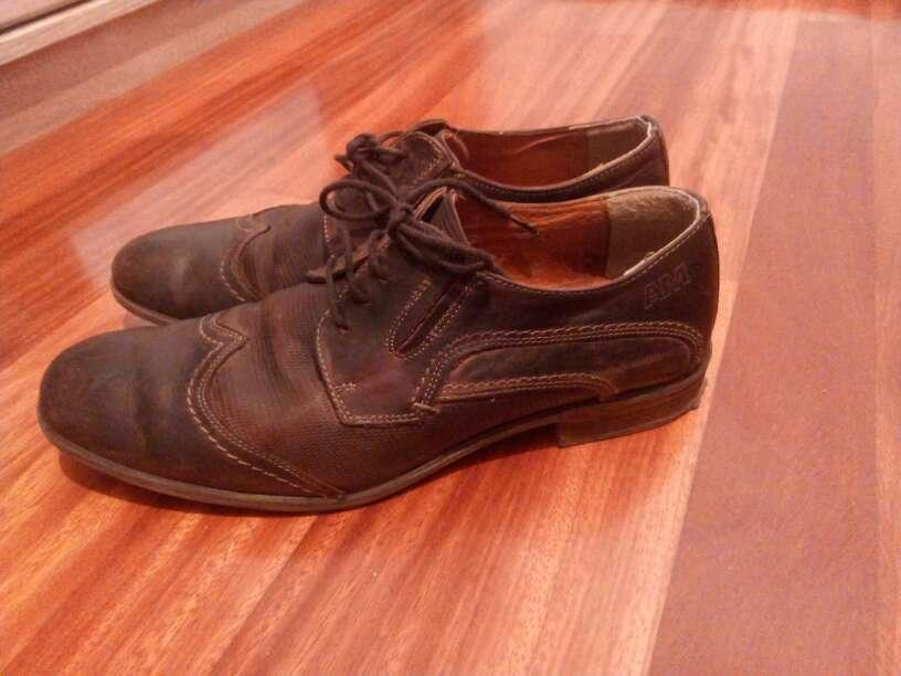 Imagen zapatos hombre de piel
