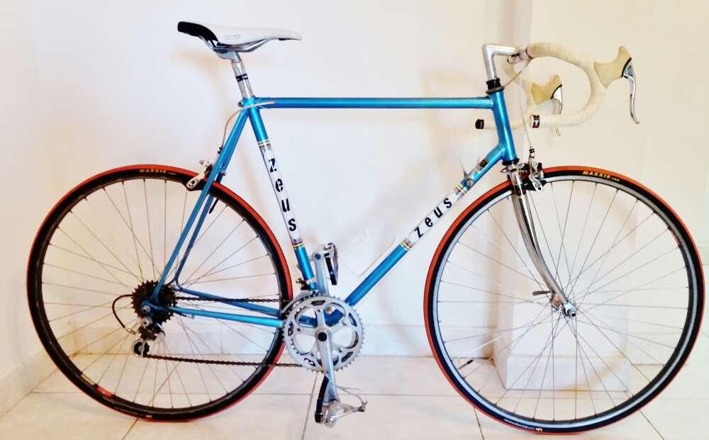Imagen bicicleta zeus profesional