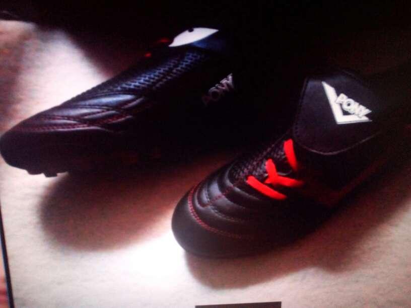 Imagen producto Botas de futbol 1