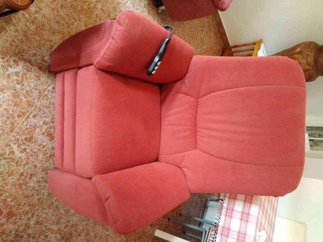 Imagen se vende sillón relax por falta de espacio nuevo
