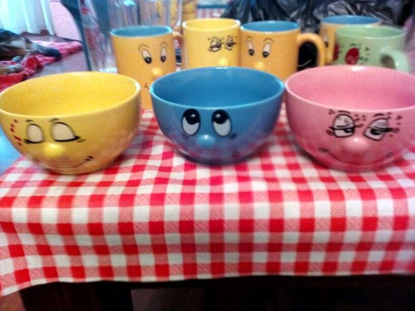 Imagen juego de cafe y tazas y cuencos