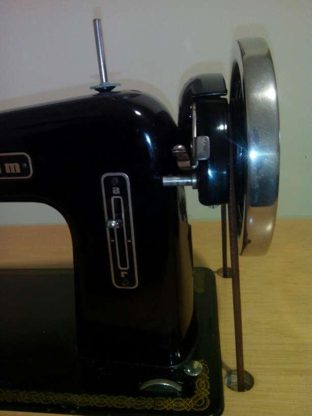 Imagen producto Máquina de coser 4