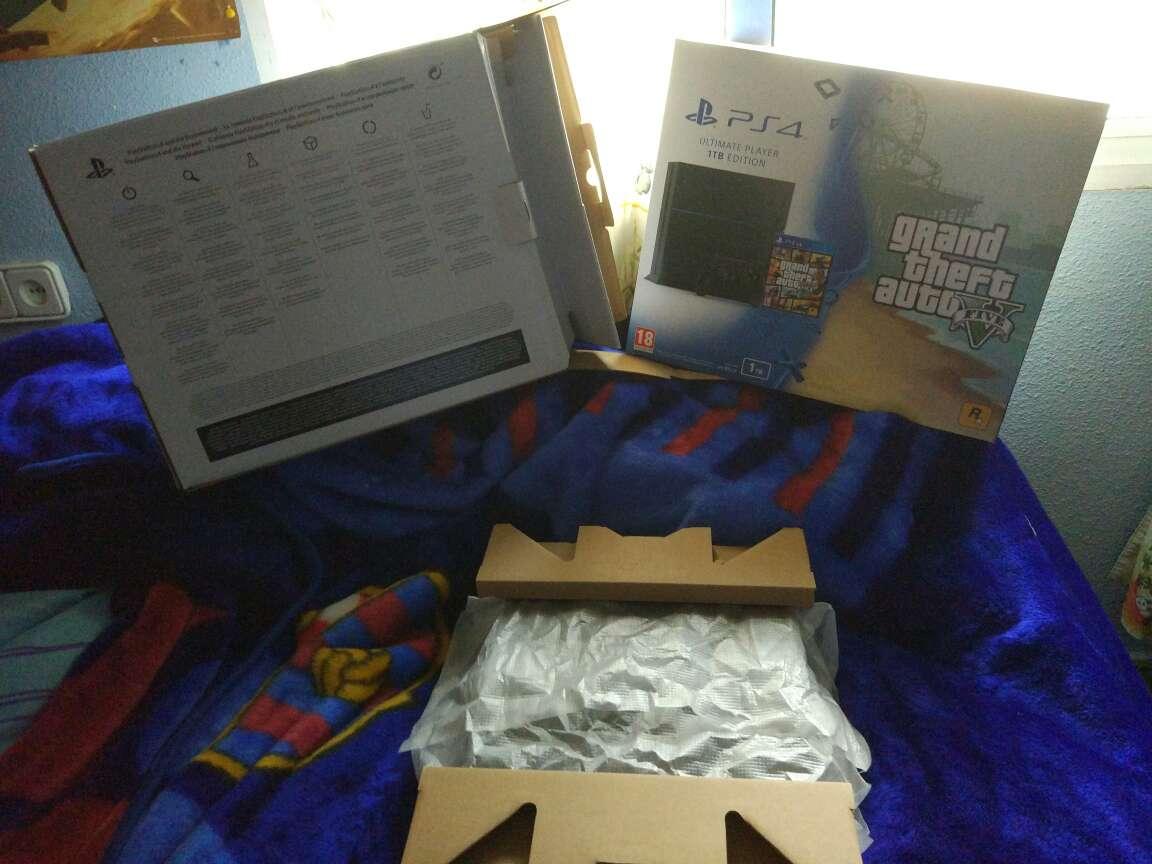 Imagen producto Vendo PS4 1Tb 2 mandos y +40 juegos 2