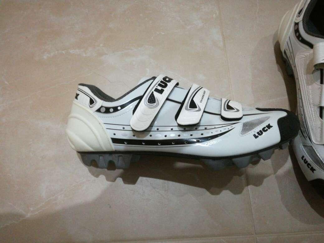 Imagen botas de ciclismo