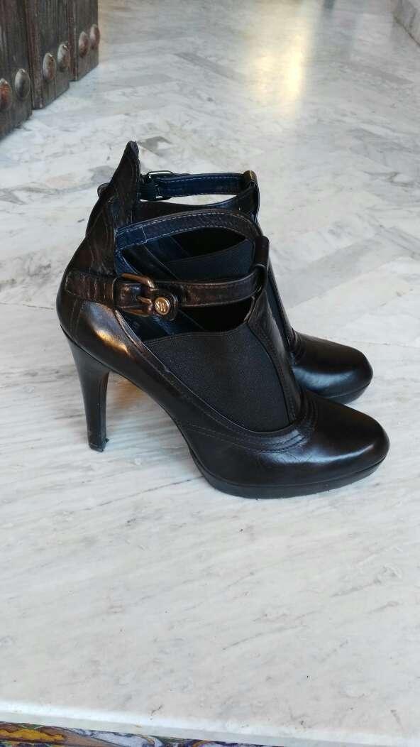 Imagen producto Zapatos de Tacón de cuerro Weitzman Stuart 1