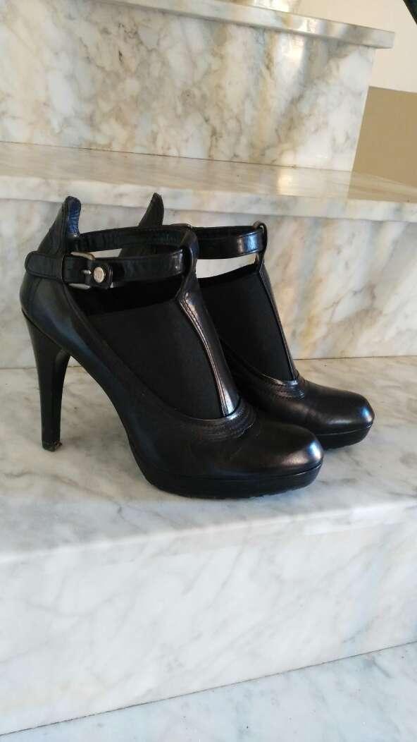 Imagen producto Zapatos de Tacón de cuerro Weitzman Stuart 3
