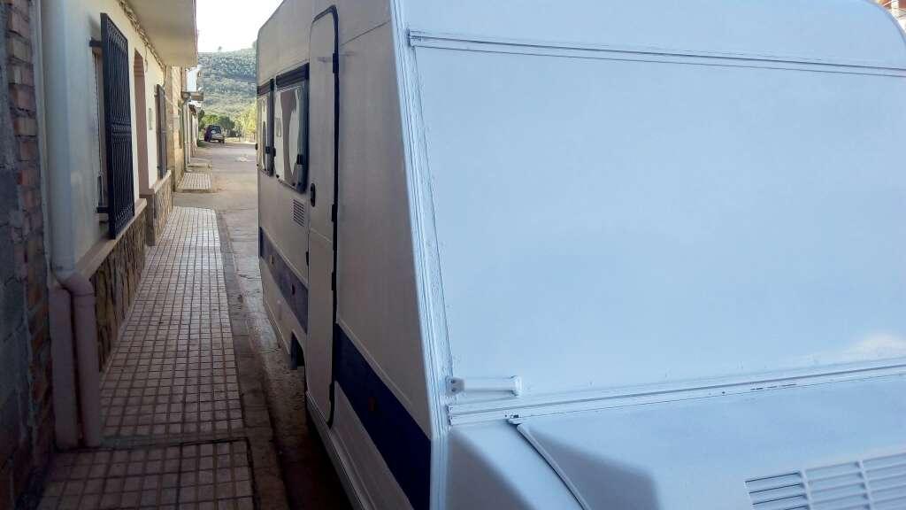 Imagen producto Se vende caravana 2