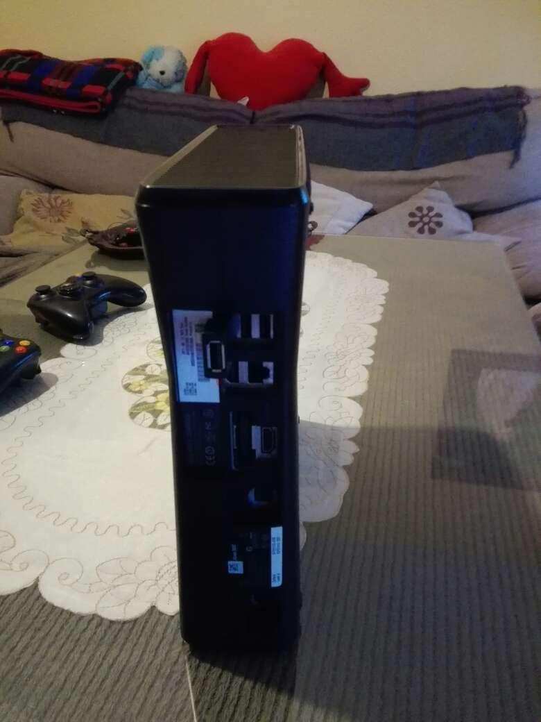 Imagen producto Xbox360 de 250 gb pirateada 2