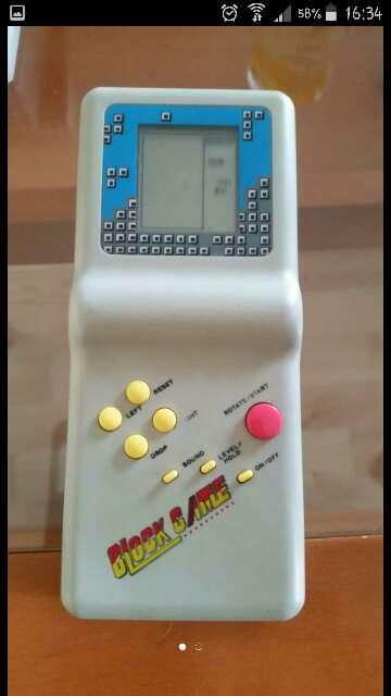 Imagen maquina antigua del tetris