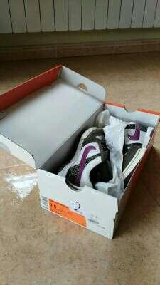 Imagen producto Zapatillas deportivas NIKE 6.0 talla 37 4