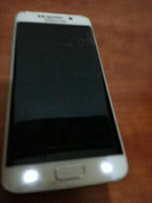 Imagen Samsung se edge para piezas pantalla lcd rota