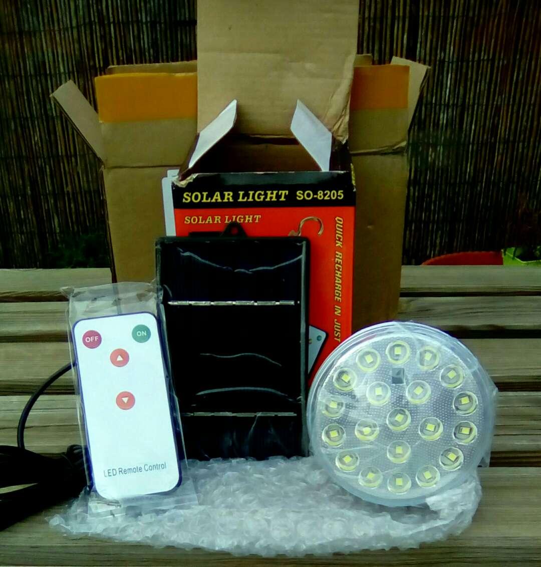 Imagen producto Iluminacion solar panel+bombilla led con mando 2