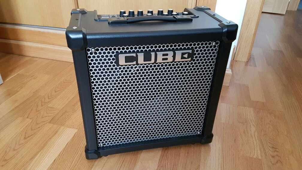 Imagen Amplificador Roland Cube GX40