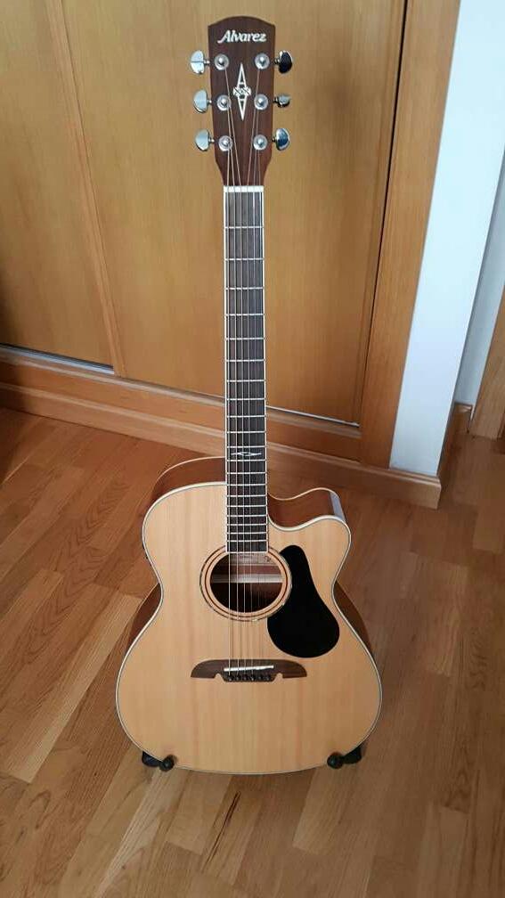 Imagen producto Guitarra Electroacústica Álvarez AF60 CE 2