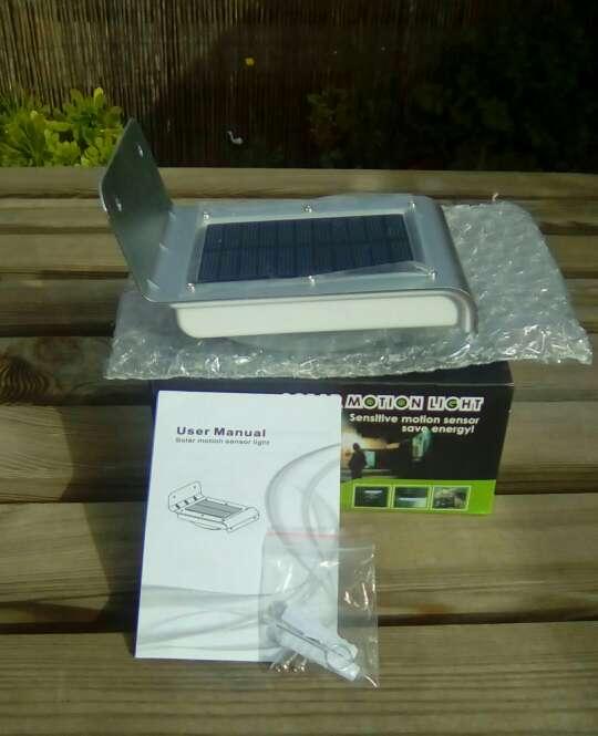 Imagen producto Solar lámpara 24 leds impermeable de pared 2 sensores 1