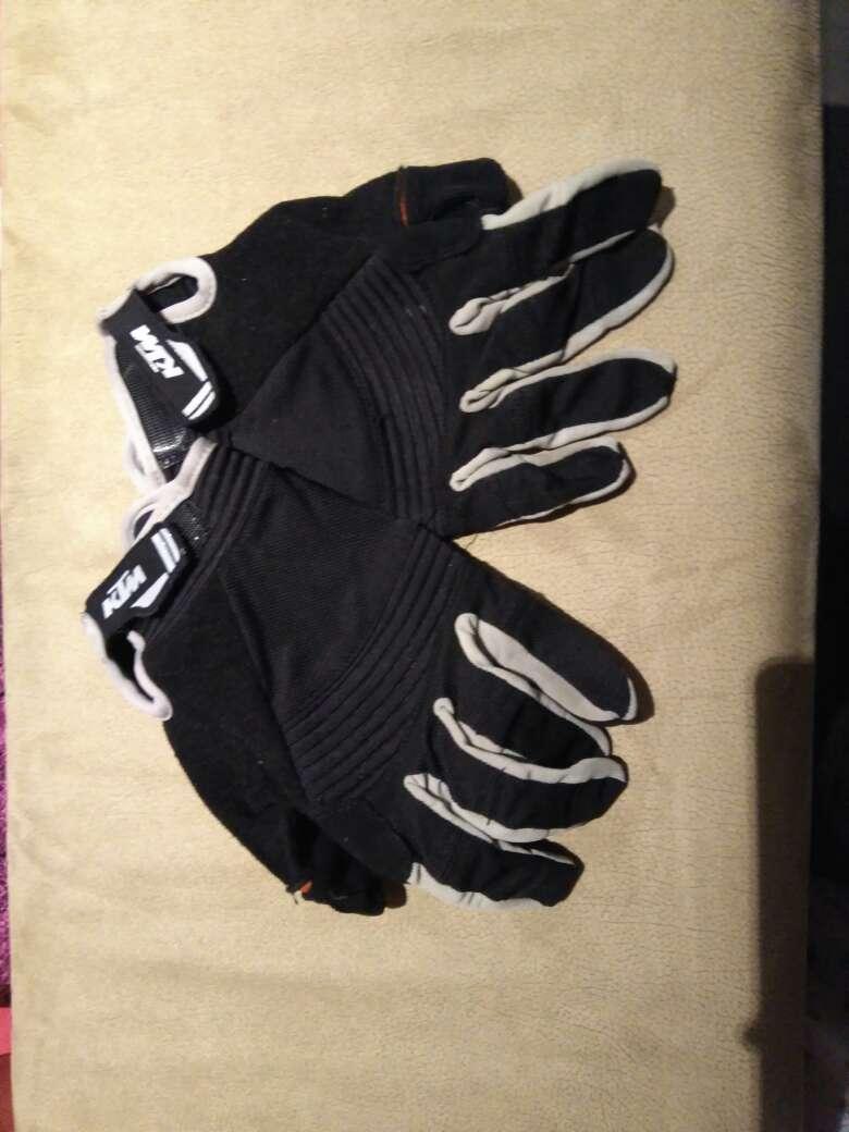 Imagen guantes de ciclismo KTM