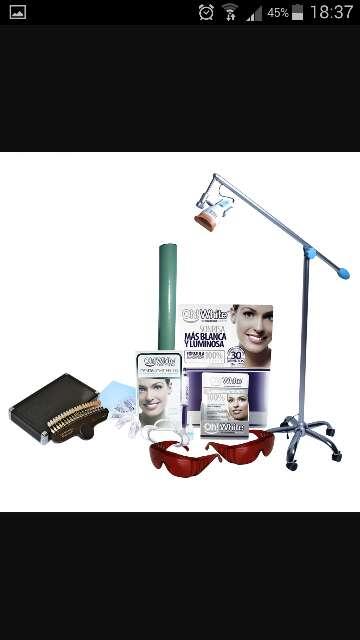 Imagen lampara de blanqueamiento dental oh!white