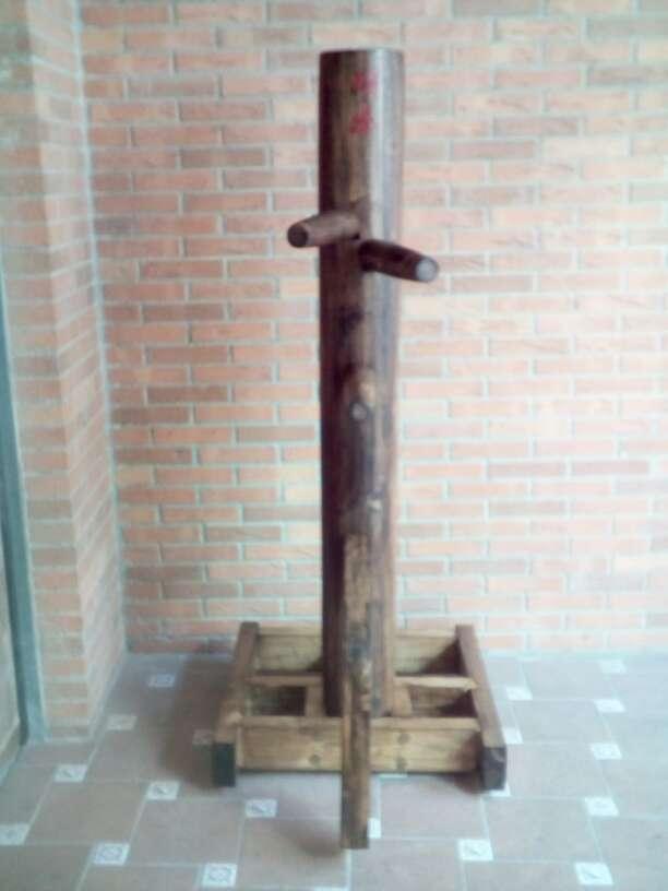 Imagen producto Wooden Dummy vertical 1