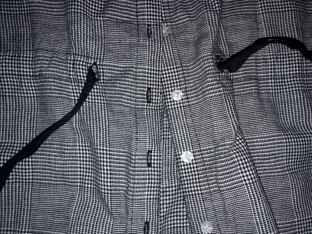 Imagen producto Camisa color negra y blanca  4