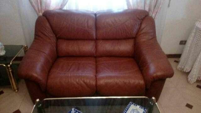 Imagen sofas piel