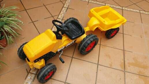 Imagen tractor juguete