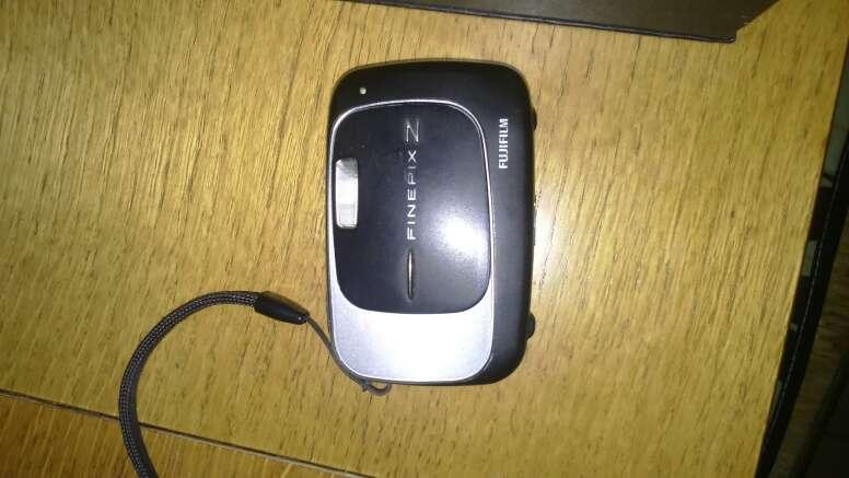 Imagen producto Vendo cámara digital fujitsu  2
