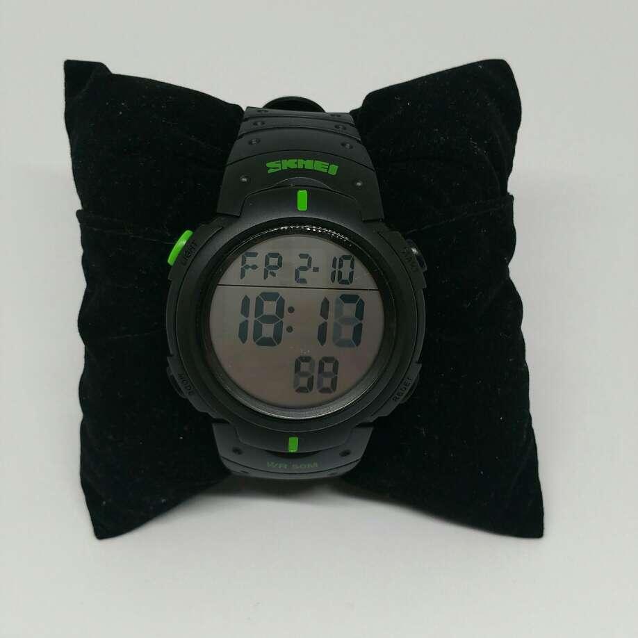 Imagen reloj deportivo digital