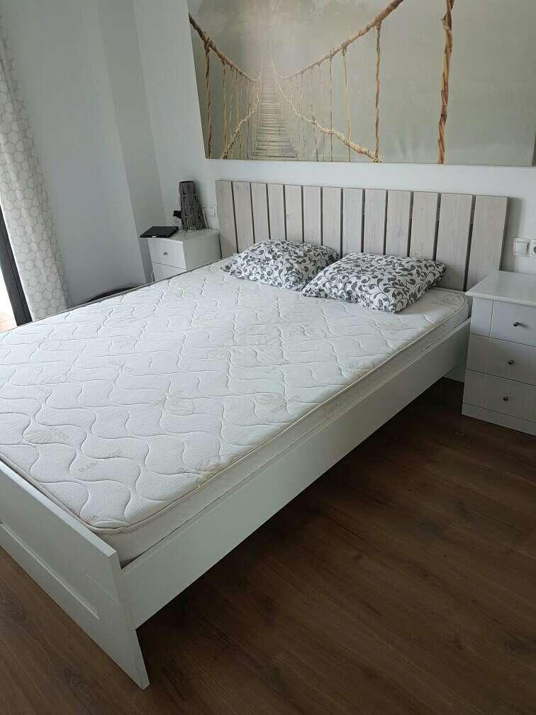 Imagen vendo colchon y somier con estructura de cama