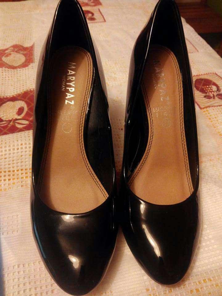 Imagen zapato de charol