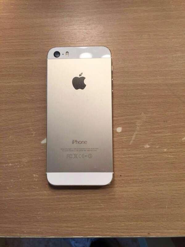 Imagen producto Iphone 5s dorado 2