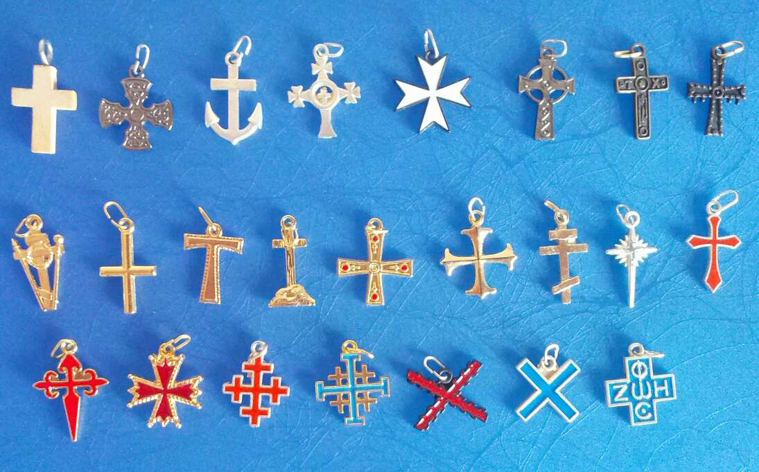Imagen cruces de colgante