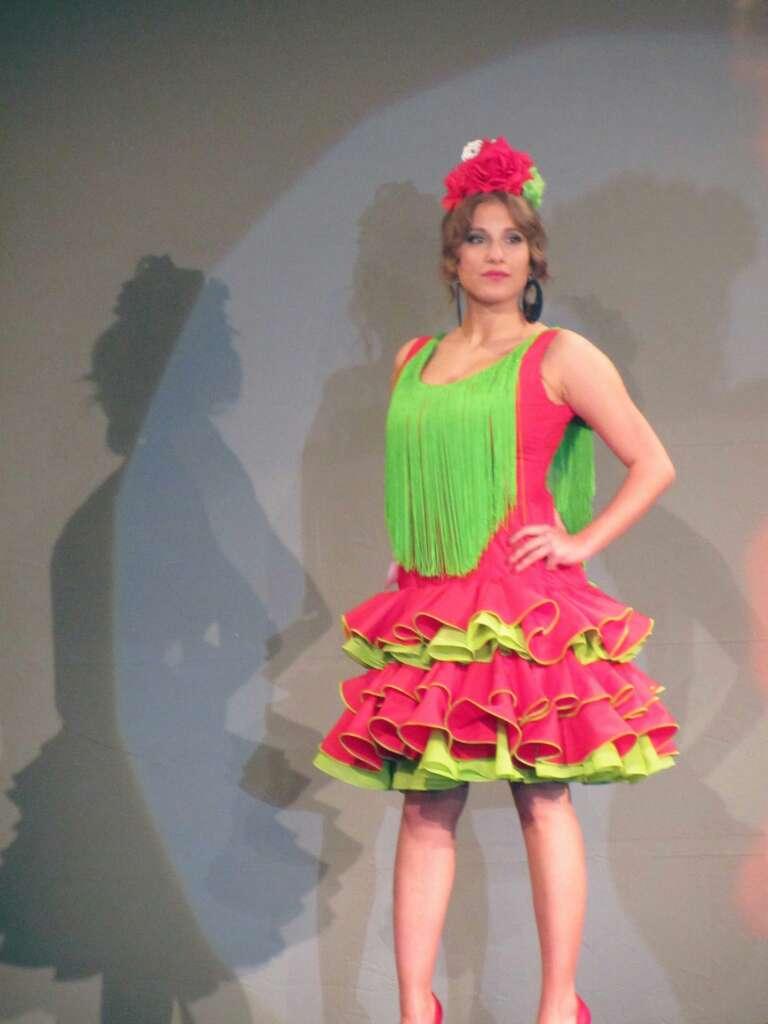Imagen producto Vestido o traje gitana-sevillana-flamenca 1