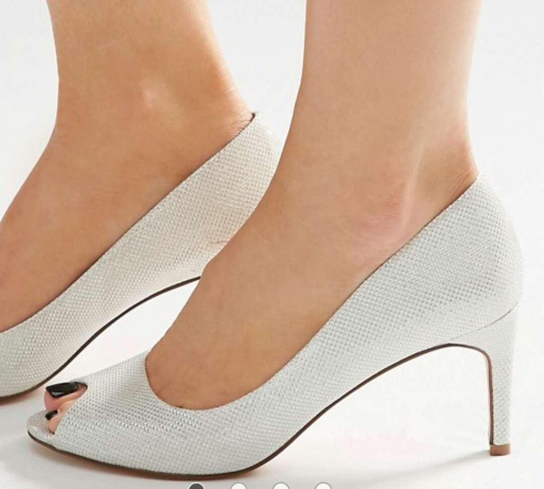 Imagen zapatos de novia o fiesta
