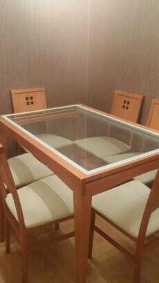 Imagen producto Conjunto de mesa y seis sillas de salón  2