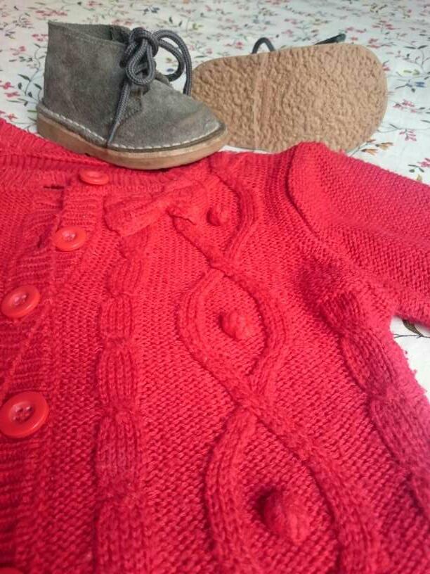 Imagen producto Chaqueta Bolero Rojos y Botas grises  3
