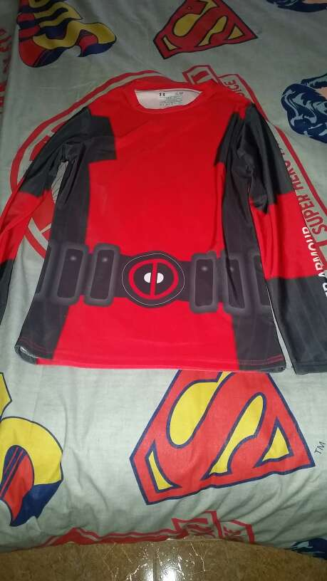 Imagen Camiseta Deadpool Under armour