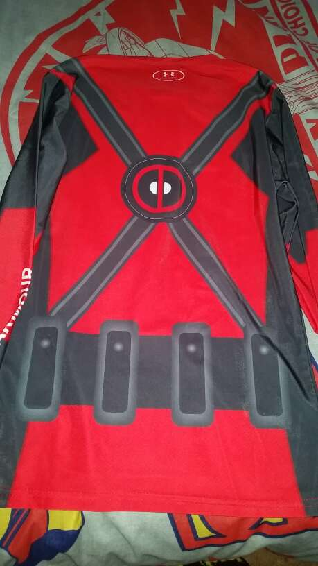 Imagen producto Camiseta Deadpool Under armour 2