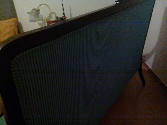 Imagen producto Sofá estilo Luis v.de madera de caoba.mide 200m.es de tres plazas .recién forrado con tela lavable 3